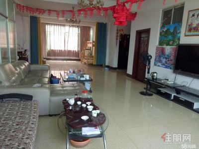 安吉大道-蘇盧村地鐵口旁50米,采光好,空氣好。家具全拎包入住。