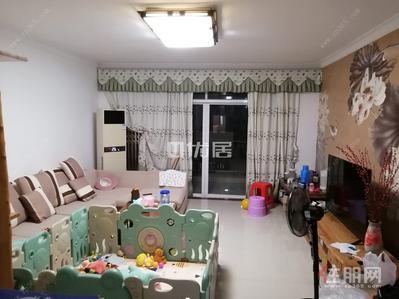 江南區-白沙大道云星尚雅名都精裝四房戶型方正家具齊全拎包入住僅租2700/月