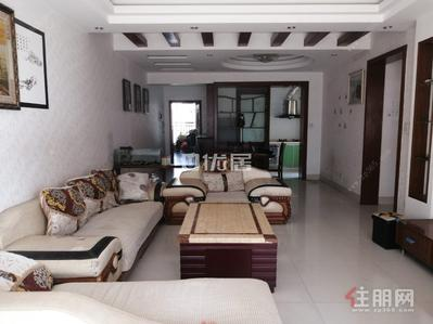 江南區-云星尚雅名都精裝三房拎包入住戶型方正看房方便僅租2300