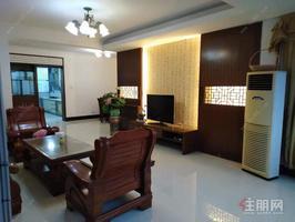 大空间,豪华装修,适合办公和自住