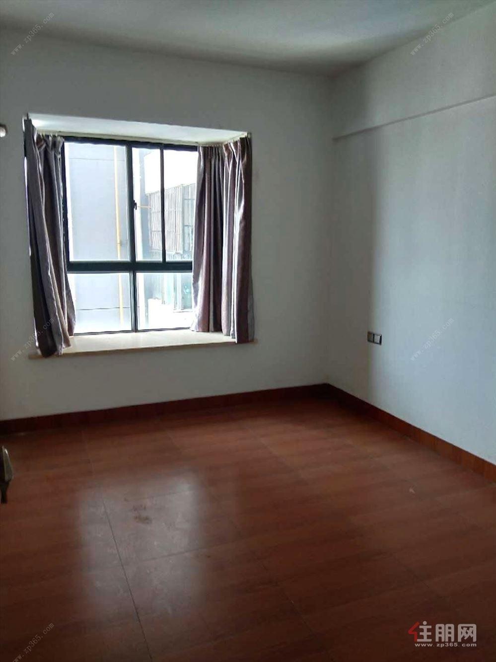 急租长湖景苑3号地铁 4房2厅 精装修配齐空调办公带车位
