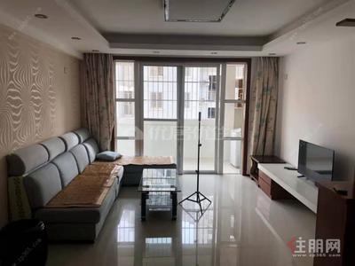 凤岭北,凤岭·在水一方 精装两房出租 家私全套配齐