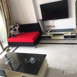 白沙大道-榮耀江南3房2廳1衛(2800一個月)配套齊全