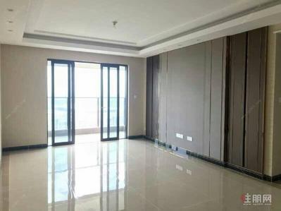 凤岭北-青秀区凤岭北荣和公园大道四房空房出租3200即可居家