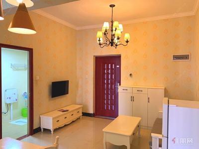 平乐大道-总部基地(碧水天和),拎包入住,一房一厅,地铁口,家具家电齐