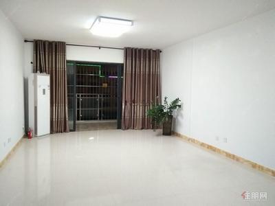 长湖-超好的地段,长湖景苑 3800元 3室2厅2卫 精装修办公出