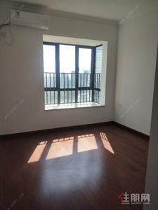 五象大道-中国锦园旁 看江 三房求租办公 2000 块 钥匙在手