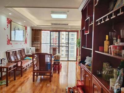平乐大道-五象新区(华润二十四城)4房2600拎包入住带家具