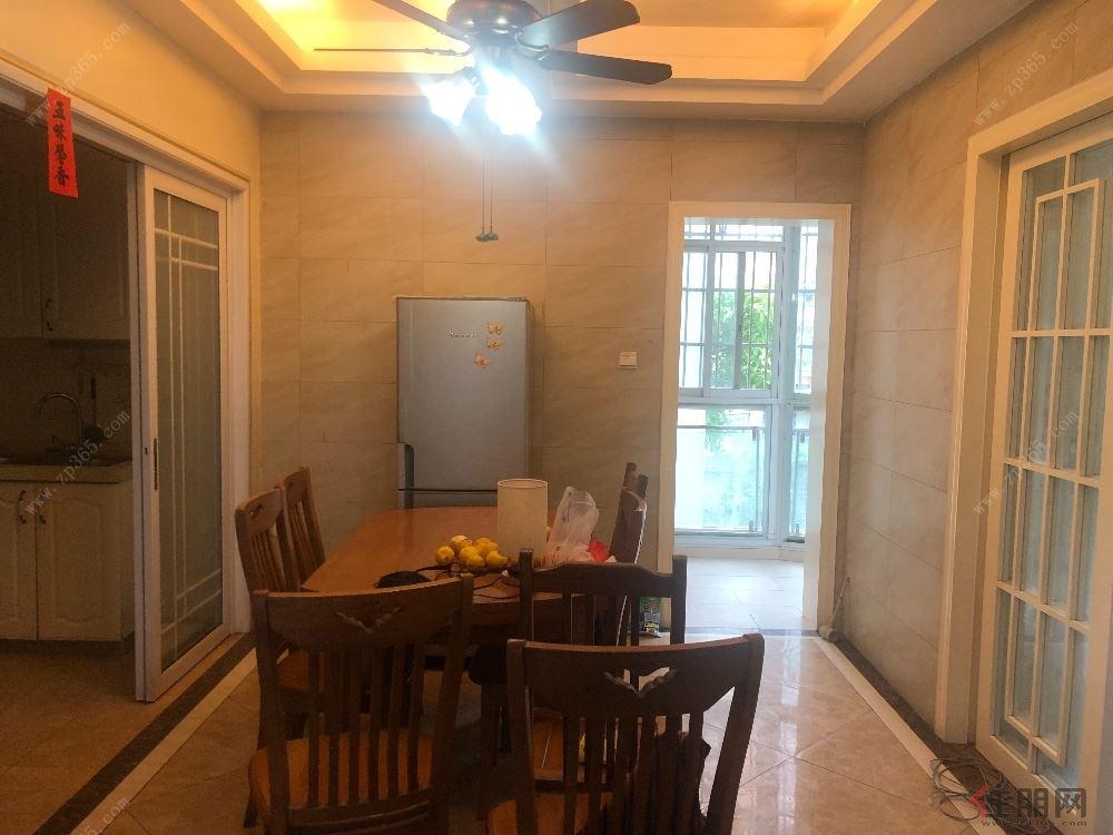 江南区 金色蓝湾 中层两房 家具全齐 环境安静 近大润发