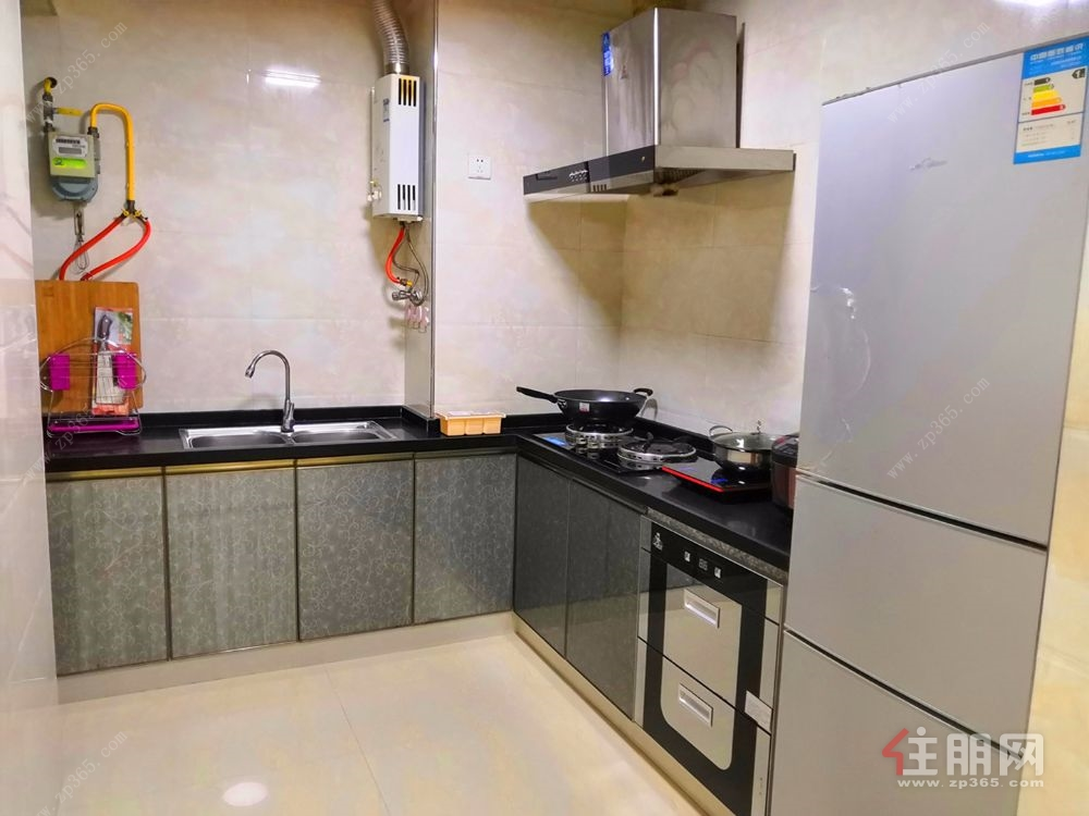 富丽华海御大2房精装拎包入住  仅租2500元一月