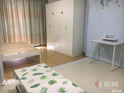 新阳路-市中心 新巢时代 精装一房一厅 仅1400拎包入住 随时看房