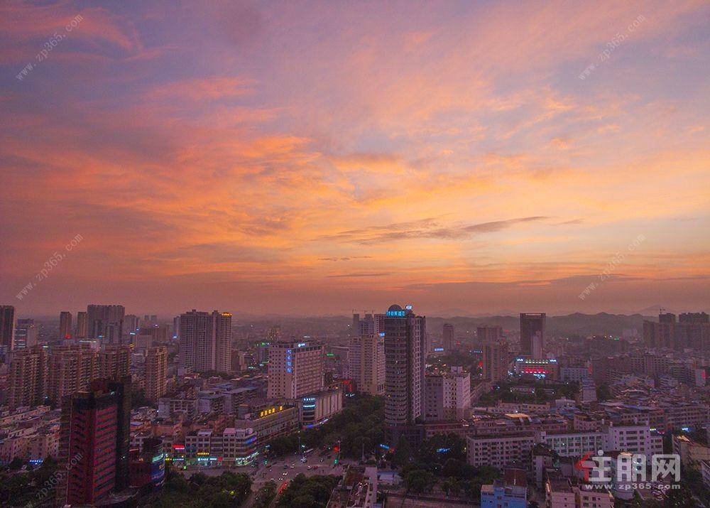 中地滨江国际A1栋805室