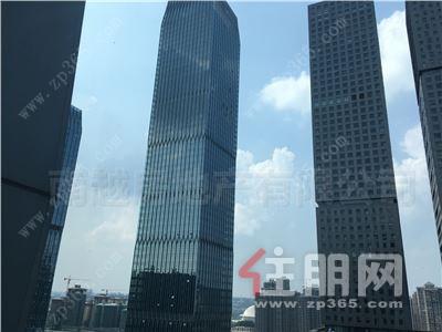 五象大道-五象总部,南宁绿地中心丨带装修好租45一月丨朝南视野好!