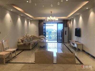 五象大道-安静住家,好房不等人,江悦蓝湾 5000元 6室2厅2卫 豪华装修