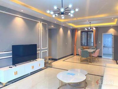 五象新区-回家的诱惑,金源一品 4500元 5室2厅2卫 精装修,紧急出租