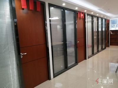 玉林-出租玉东新区中鼎索菲特酒店B座高端写字楼