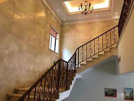 鳳嶺山語城獨立商鋪上下兩層合適辦公私人會所