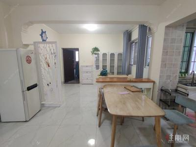 凤岭南-凤岭名园 4室2厅2卫