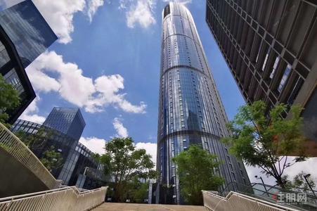 五象大道-富雅國際金融中心 整層 樓下雙地鐵站 高層可看江 地標位置