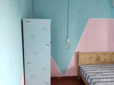 五象新区-实拍小区一房一厅 独立厨卫 1300 总部基地旁 金源一品