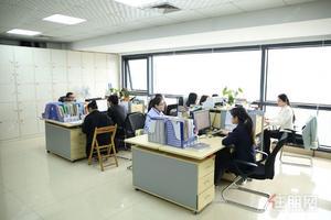 千元独享独立办公室,正规写字楼,配套会议室,租期灵活