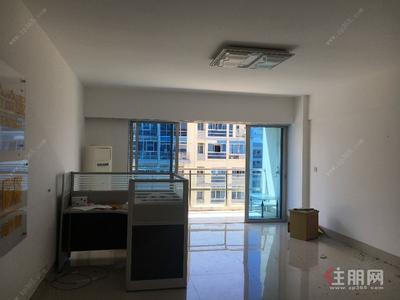 青秀区-汇东国际办公楼103平米仅租3800元每月急租中
