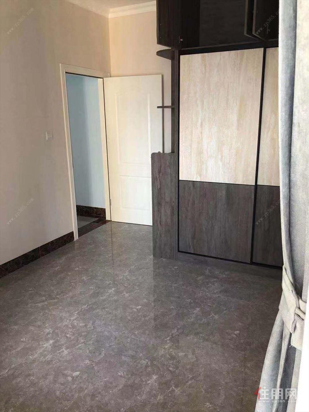 振寧星光廣場小區 2號線地鐵口 4房租3700