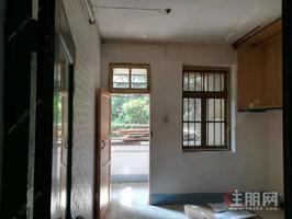 汽车南站 步梯2楼 2室1厅出租