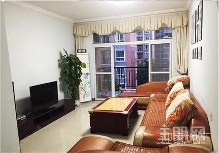 钦南区-钦州市政府  中石油公寓  2房2厅1卫 精装1300 家具齐全