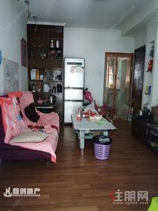 西乡塘区-棕榈湾小区一房一厅出租  1300元/月