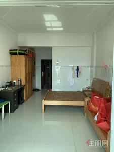 港北区-聚龙城 700元 1室0厅1卫 普通装修,家具电器齐全非常干净!