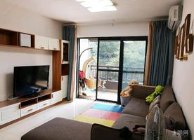普罗旺斯精装2房 仅租1600元 拎包入住 保养好 交通方便