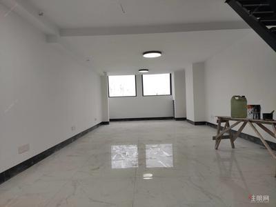 亭洪路-萬達寫字樓出租 68平復式雙層使用面積 位置好 僅租3200
