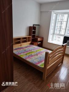 秀安路-秀安路建机生活小区靓两房出租  房子很干净舒适明亮