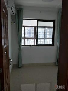 星光大道-江南万达华府4房电梯高层南北通透送车位使用