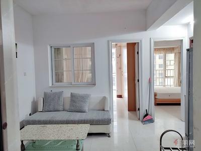 青秀区-新民路上 精装修 两房两厅 家电齐全 拎包入住 随时看房