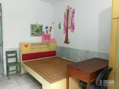 柳城县-柳城县实验中学(大埔校区)50平米简装房