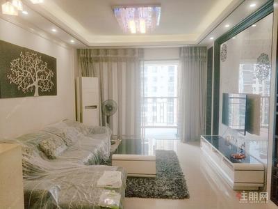 那洪大道 -精装大三房出租2300元 家具配套齐全 成熟小区 盛天领域
