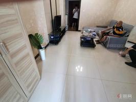 利海亚洲国际一房一厅仅租1600