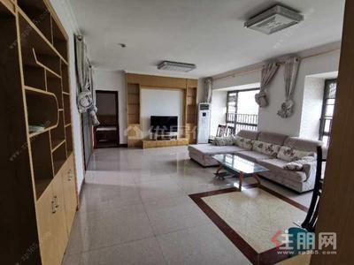 白沙大道-龙光卡地亚精装3房急租1800元,3房1800元。真实有效