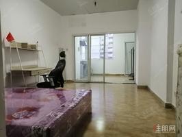 南宁剧场地铁fang|距地铁口300m不到|舒适单间电梯房