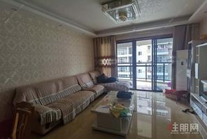 阳光城小区4房2厅2卫电梯房,配套齐全。