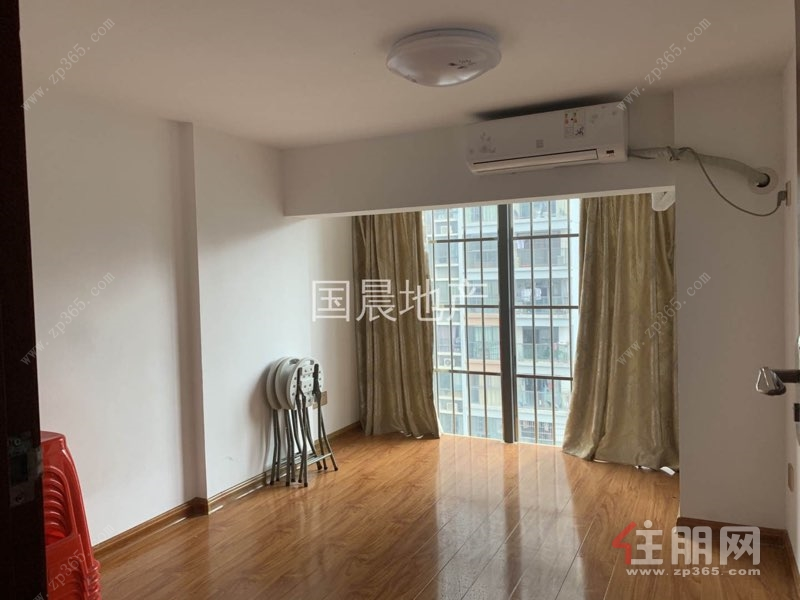 汇东星城 楼中楼1800 两房配齐 招租