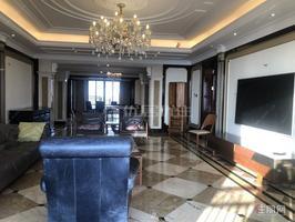 干净整洁,随时入住,青秀万达公馆 18000元 4室3厅3卫 豪华装修