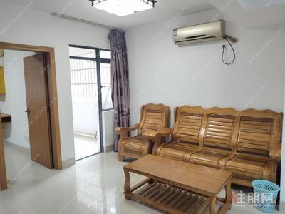 江南区-标准2房出租1500 简单装修 拎包入住 中房碧翠园