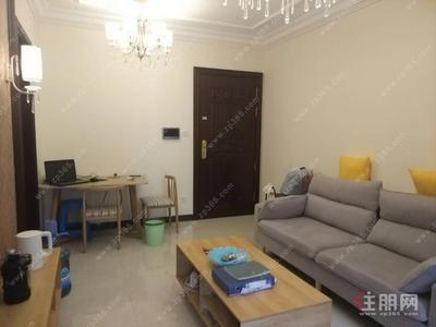 江南区-实图 9成新一房一厅 恒大城 1600/月 有阳台 地铁4号线