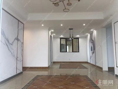 鳳嶺北,100%真實圖片 真實房源 榮和悅瀾山125平4房 空房招租2600/月  26樓