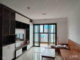九棠府3房2卫整租,带家私2200元月,随时看房,无中介费