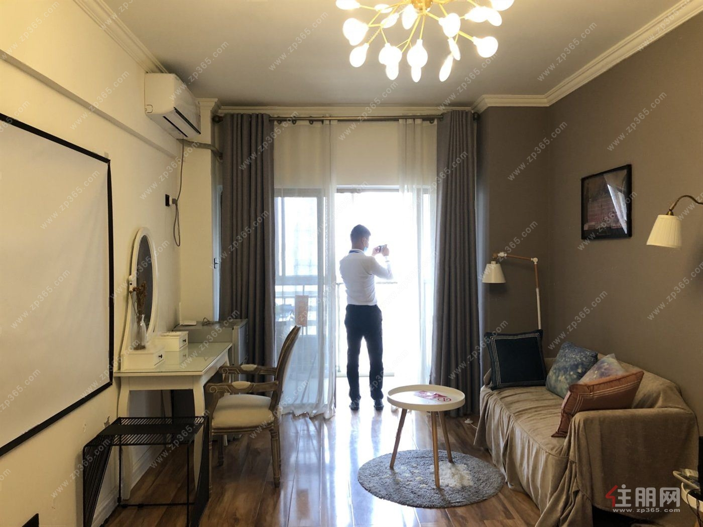 万象城地铁口 利海亚洲国际 押一付一 轻奢一房 看房电微我