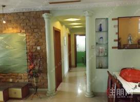 金桂花园110平方精装三房两厅两卫